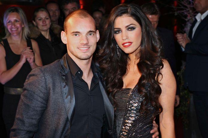 Sneijder met z'n vrouw Yolanthe in 2010.