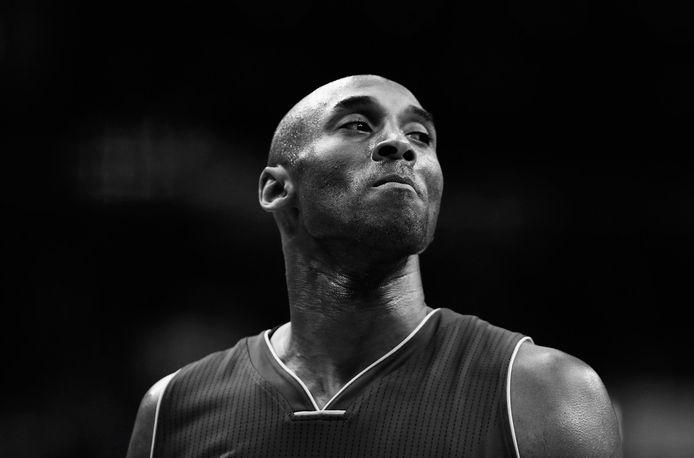 La légende des Lakers Kobe Bryant a tragiquement disparu le 26 janvier avec sa fille Gianna et sept autres personnes dans un accident d'hélicoptère au nord-ouest de Los Angeles.