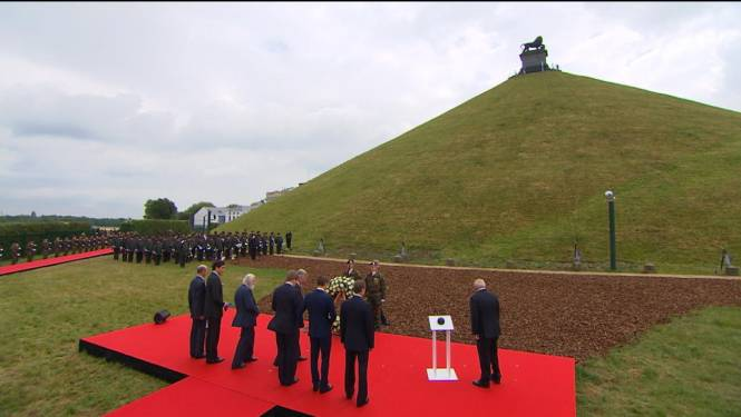 Royals herdenken slag bij Waterloo