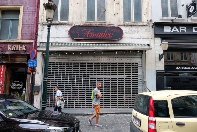 De vestigingen van de restaurantketen Amadeus in Brussel en in Kruishoutem werden vandaag gesloten door het FAVV. Beeld Mark Baert