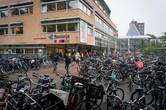 Het schoolplein van scholengemeenschap Pantarijn in Wageningen