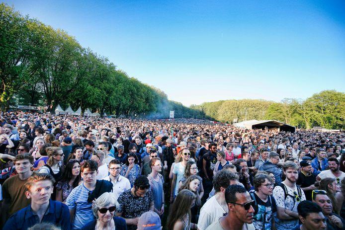 Een afgeladen Park Transwijk in Utrecht tijdens een eerdere editie van het Bevrijdingsfestival.