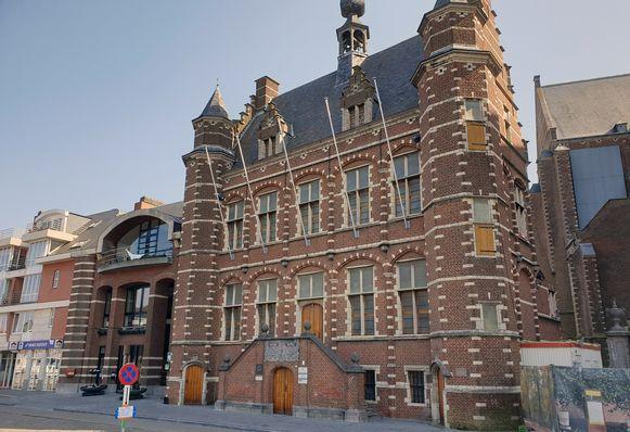 Het stadhuis van Hoogstraten.