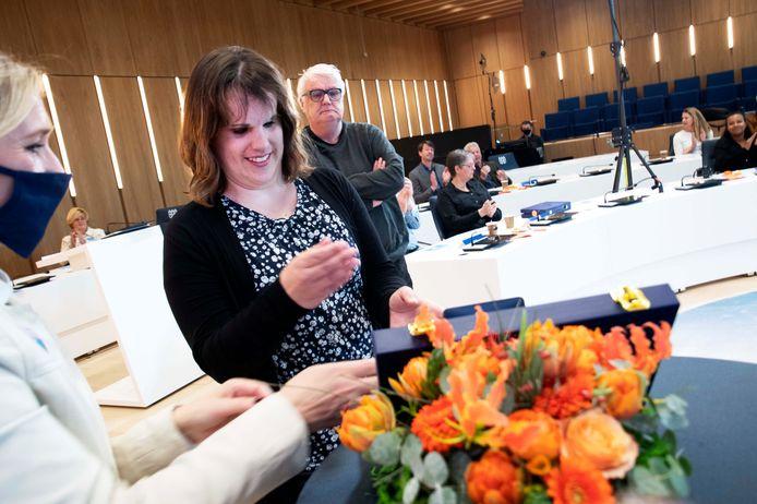 Marleen Mulders (35) uit Tilburg is de jongste die dit jaar in Nederland de eer van een lintje te beurt valt.