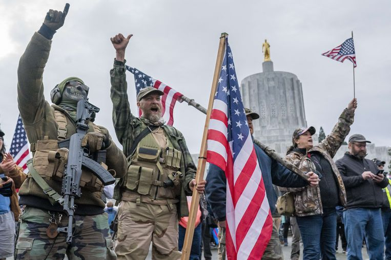 Trump-aanhangers in Salem, Oregon, waar ook zondag een demonstratie is gepland. Beeld AFP