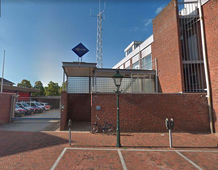Er is nog een politiebureau aan de Breestraat in Vlissingen, maar agenten zijn in de omliggende straten weinig te zien, vindt een aantal raadsleden.