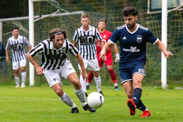 Doorwerth, 11 september 2021.  Voetbal DUNO - Achilles '29 . Samed Öztoprak   dgfoto . Foto: Gerard Burgers