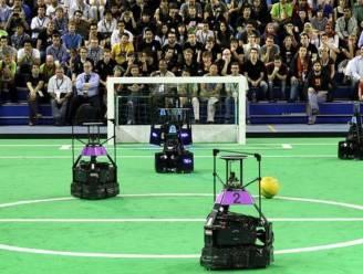 Wanneer is een robot een betere voetballer dan Messi?