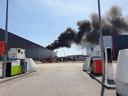 Zeer grote brand bij bedrijfspand in Hapert.