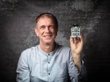 Professor Peter heeft de oplossing voor de woningnood: bouw niet in de stad, maar in het dorp