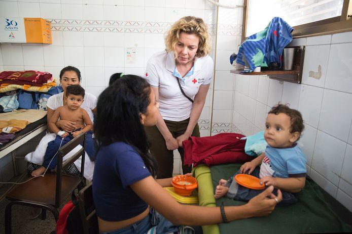 Marieke van Schaik, directeur van het Rode Kruis, bracht afgelopen week een werkbezoek aan Venezuela