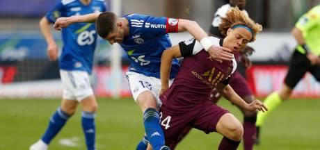 PSG blijft met basisklant Bakker en invaller Simons in spoor van koploper Lille