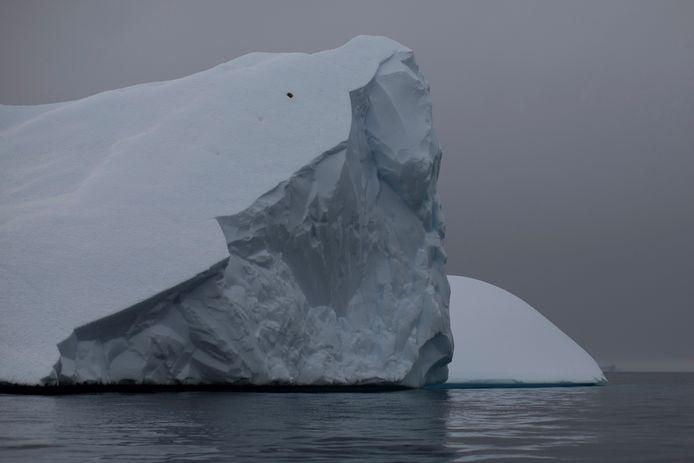 Foto ter illustratie: een andere drijvende ijsberg bij Antarctica, vorig jaar vastgelegd