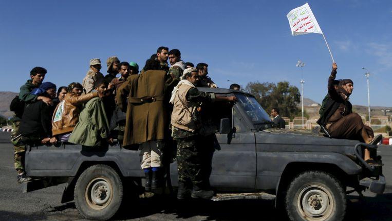 Houthi-strijders in Sanaa Beeld reuters