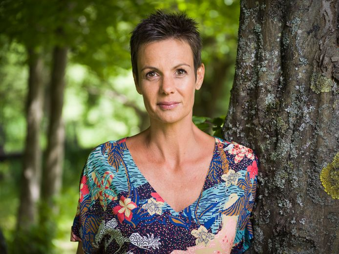 """Sandrine Dans animera une nouvelle fois cette treizième saison de """"L'amour est dans le pré""""."""