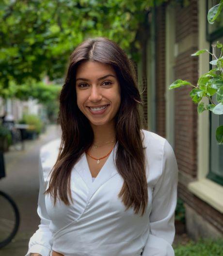 Naomi (25) doorbreekt taboe rond Prikkelbare Darm Syndroom: 'Op mijn TikTok-account praat ik eindelijk eens wél over poep'