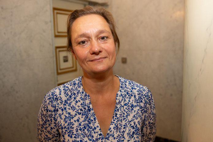 Infectiologe Erika Vlieghe reageert afwachtend op de versoepelingen.