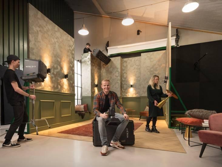 Jeroen van het Enschedese New Day studio maakt gratis portretten voor minderbedeelden