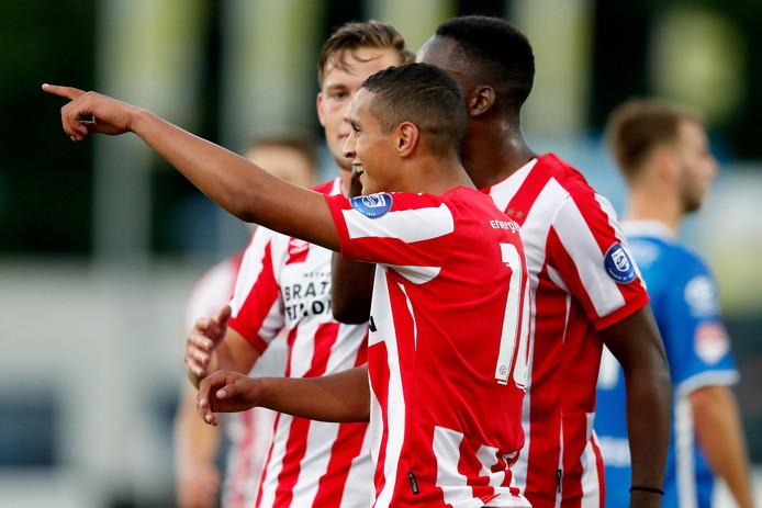 Mohamed Ihattaren was belangrijk voor Jong PSV en scoorde maandagavond twee keer tegen FC Den Bosch.