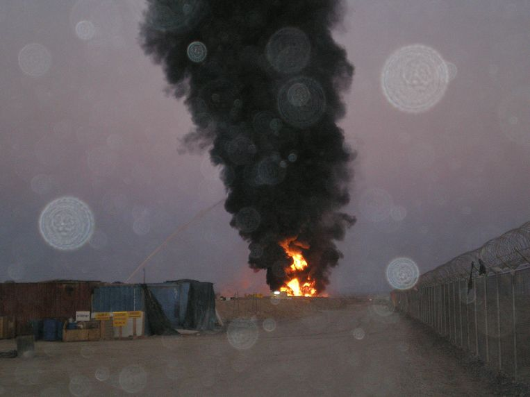 Burn-pits in Kandahar. Beeld RV