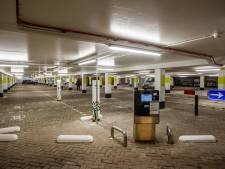 Deventer maakt vanwege corona eerste uur parkeren in aantal garages gratis