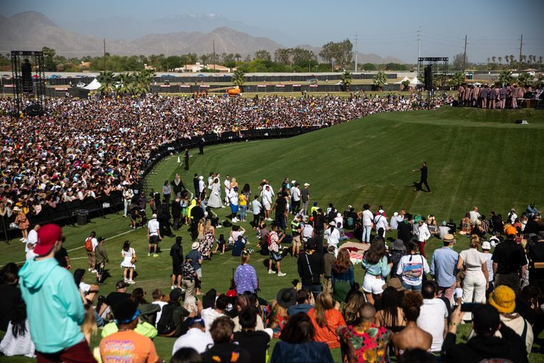Meer dan 50.000 mensen woonden de Sunday Service van Kaye West bij. Beeld Photo News
