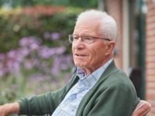 Pater Toon van Kessel (79) is even terug uit Zambia: 'Mensen noemen Afrika zwart continent, maar het geeft meer licht dan Europa'