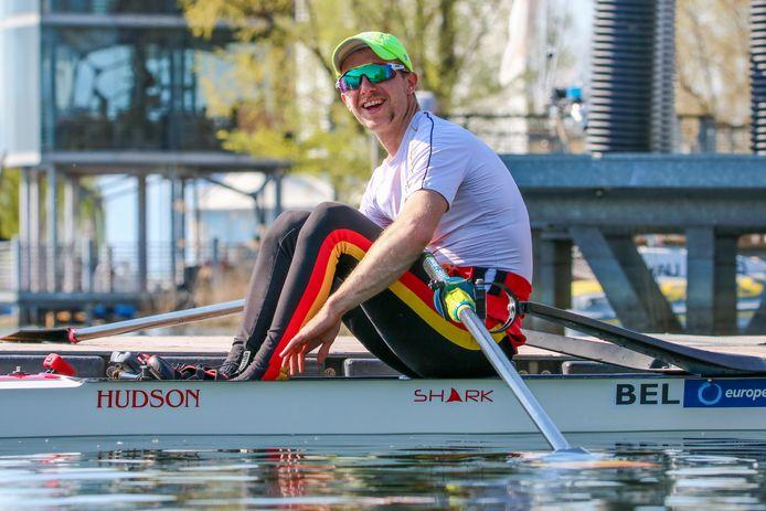 Niels Van Zandweghe op het Europees Kampioenschap skiff in Varese.