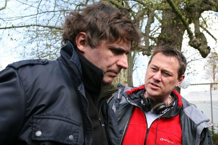Erik Van Looy en Bart De Pauw op de set van 'Loft'. Beeld BELGA