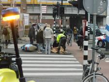 Twee gewonden bij aanrijding kruising  Waldorpstraat met Calandstraat