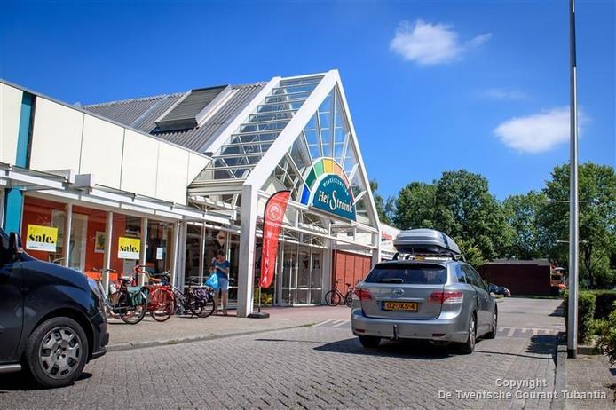Winkelcentrum Stroinkslanden wordt opgeknapt.
