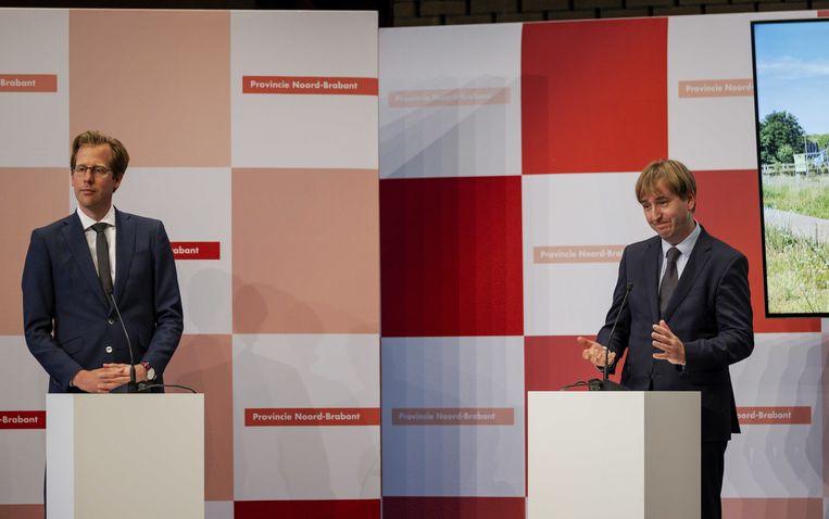 Christophe van der Maat van de VVD (links) en Eric de Bie van Forum voor Democratie (rechts) ruim een jaar geleden tijdens de presentatie van het bestuursakkoord tussen de provinciale Statenfracties van VVD, Forum voor Democratie, CDA en Lokaal Brabant voor de provincie Noord-Brabant. Beeld ANP