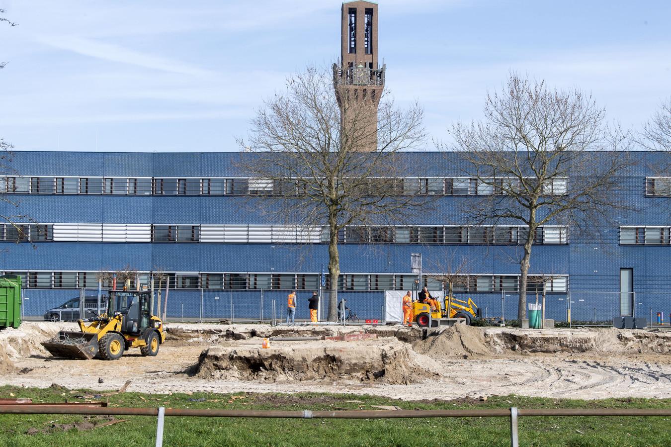 Het werk aan de Marskant (foto) en de Deldenerstraat ligt vanwege bouwvak een paar weken stil.