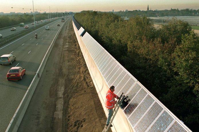 Zonnepanelen langs de A9 bij Ouderkerk aan de Amstel