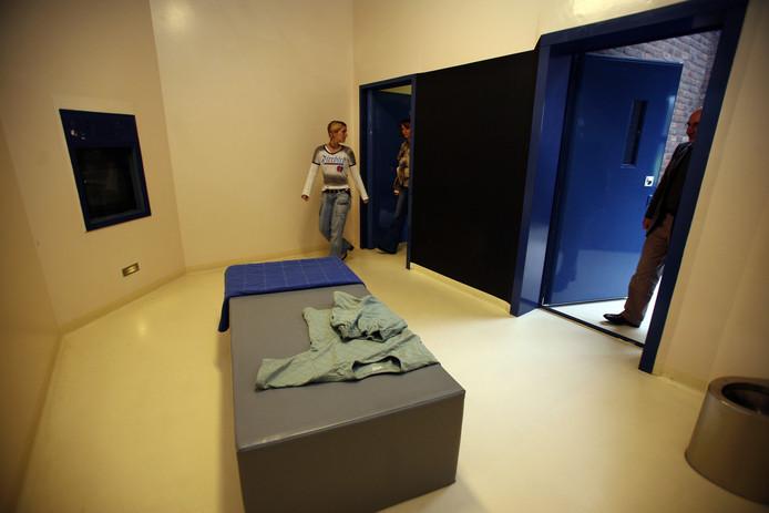Een isoleercel in de Pompekliniek, gefotografeerd tijdens een open dag.