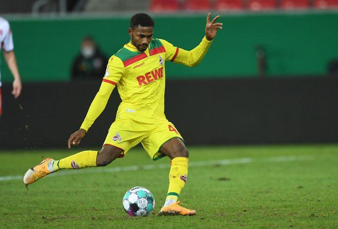 Emmanuel Dennis speelt momenteel op huurbasis in Duitsland bij FC Köln.
