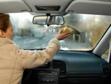 Beslagen ruiten? Acht tips om condens uit je auto te weren