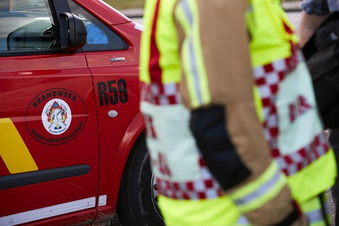 Het slachtoffer had na zijn shift nog zijn brandweerpak in de auto aan.