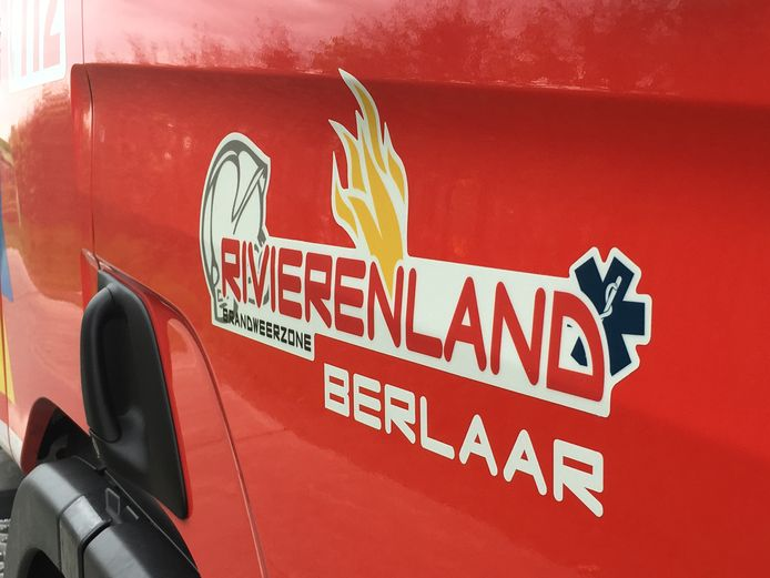 Een brandweerwagen van de brandweerpost van Berlaar van Hulpverleningszone Rivierenland