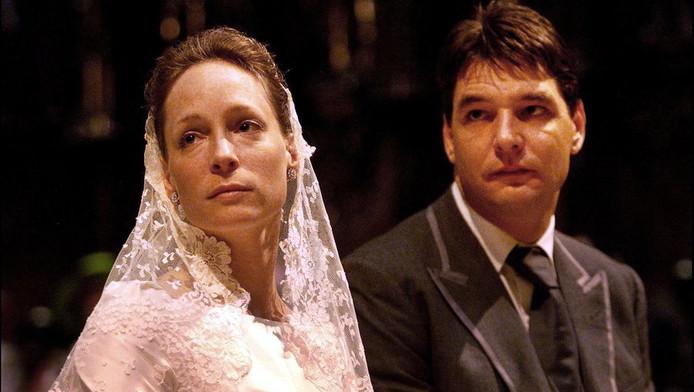Het kerkelijk huwelijk van prinses Margarita en Edwin de Roy van Zuydewijn in de kathedraal Saint Marie, in 2001