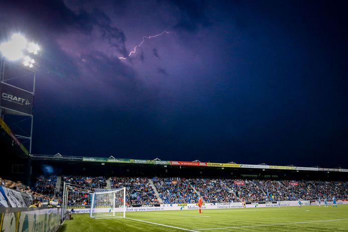 De wedstrijd van PEC Zwolle tegen FC Groningen werd afgelast.