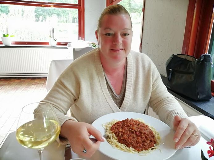 Marleen Van Renterghem ligt sinds vorige week in coma nadat Covid-19 bij haar was vastgesteld.