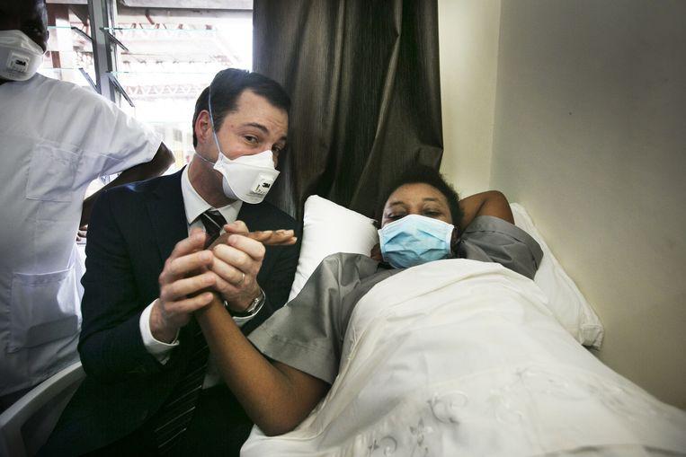 Achter de schermen bij de Damiaanactie: een nieuw ziekenhuis voor tbc-patiënten. Beeld Tim Dirven