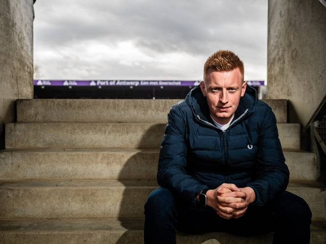 """Will Still (28), de jongste trainer in Europa: """"Ik loop hier niet rond als Napoleon"""""""
