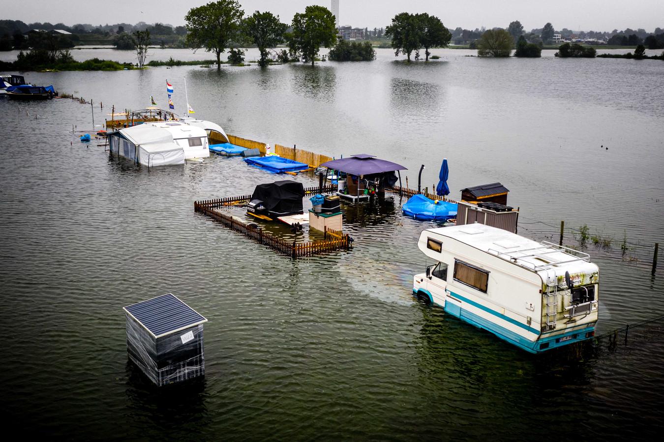 De beelden van de overstromingen in Limburg - hier een camping nabij Roermond - oogden onnederlands.