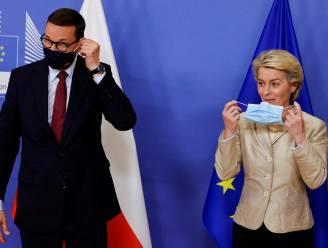 """Poolse premier gaat voluit confrontatie met Europese Unie aan: """"Rechters maken van EU centraal gestuurde instelling"""""""