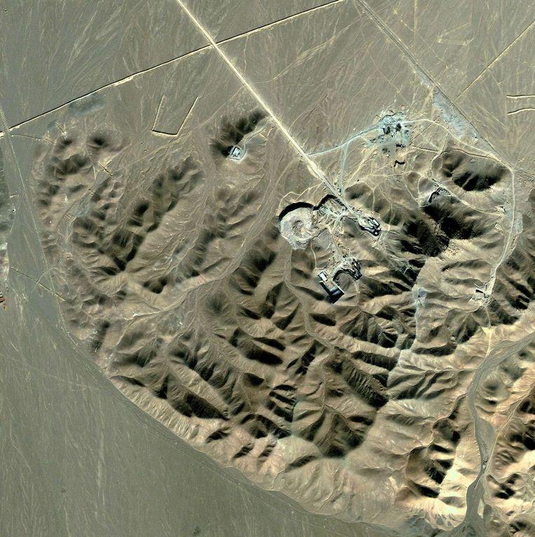 De verrijkingsfabriek Fordow die Iran jarenlang geheim wist te houden. In 2009 gaf Teheran het bestaan van de fabriek toe. De installatie moet nu worden opgebouwd tot een onderzoekscentrum. Beeld AFP