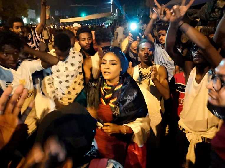 Betogers dinsdag in Khartoem. Beeld AFP