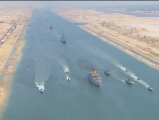 Vernieuwde Suezkanaal groots geopend