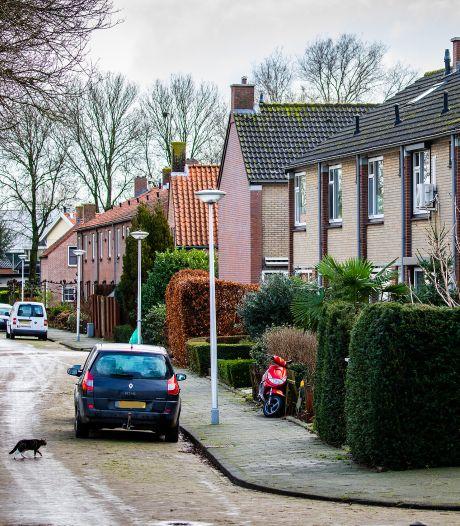 Politie is op zoek naar eigenaar wit busje in zaak woningoverval 's-Gravendeel: 'Te zien op video'